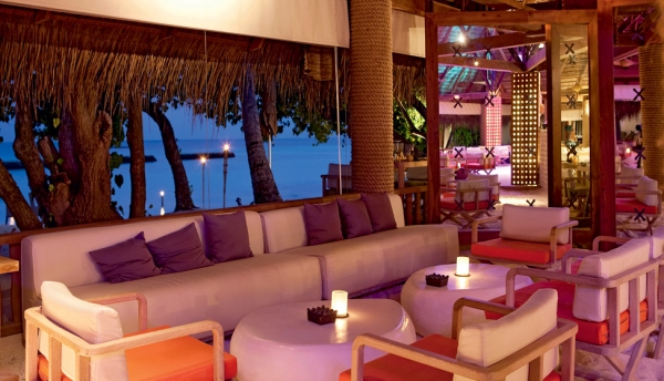 constance-moofushi-resort-15