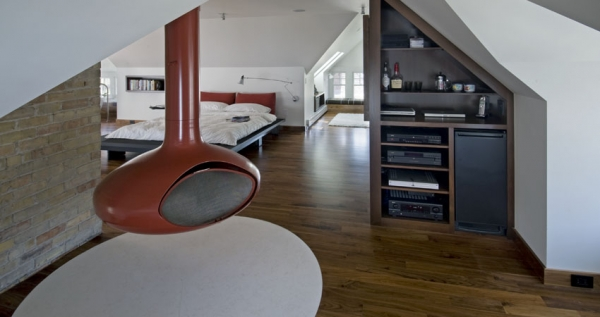 Contemporary attic bedroom with an en-suite bathroom