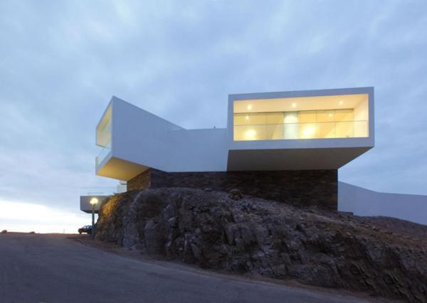 contemporary-beach-house-in-peru-3