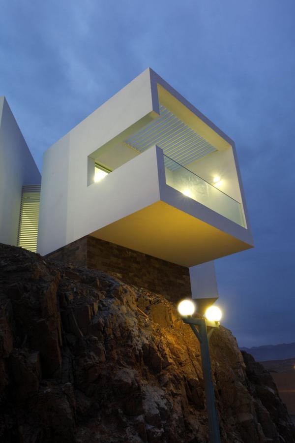 contemporary-beach-house-in-peru-5
