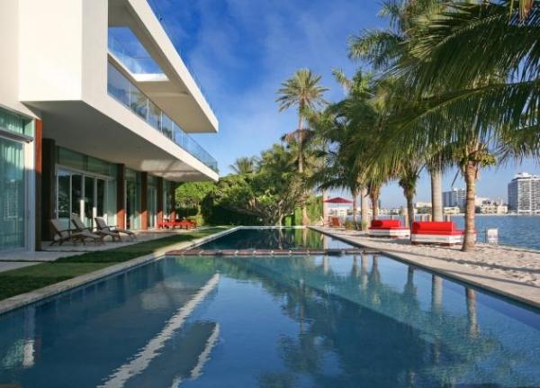 contemporary-beach-house-1