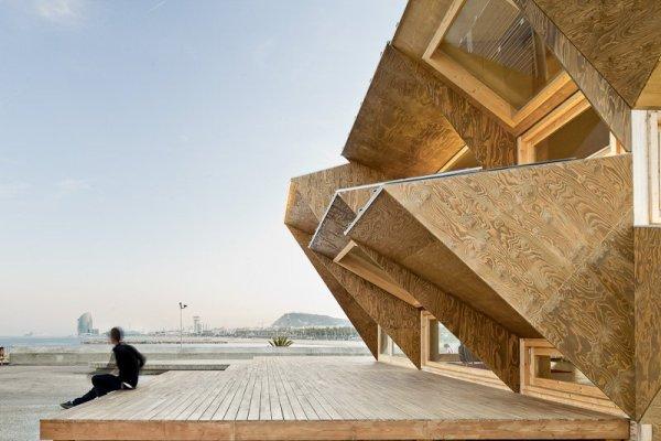 contemporary-design-of-an-eco-friendly-pavilion-5
