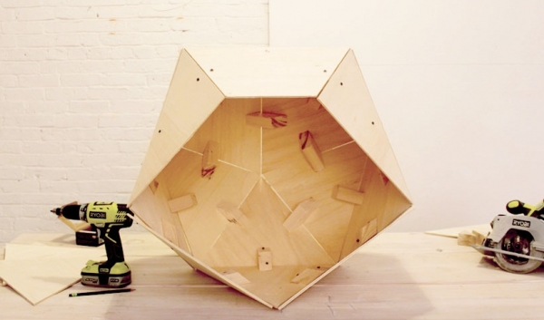 contemporary-geometric-diy-doghouse-16