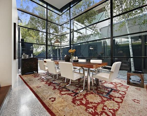 contemporary-glass-house-1
