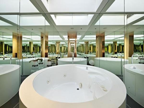 contemporary-glass-house-4