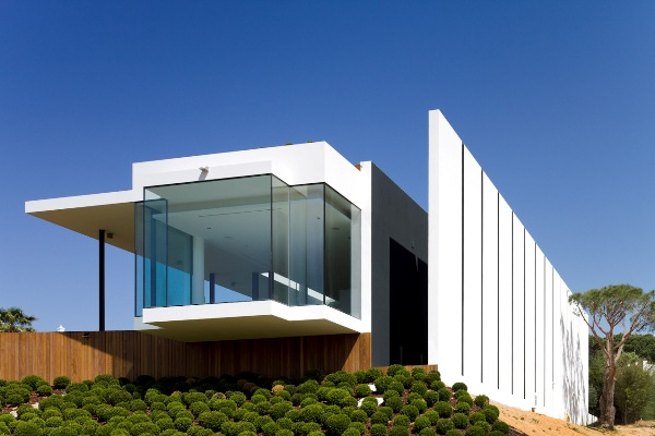 contemporary-golf-residence-in-portugal-3