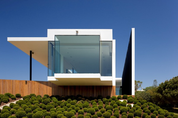 contemporary-golf-residence-in-portugal-4