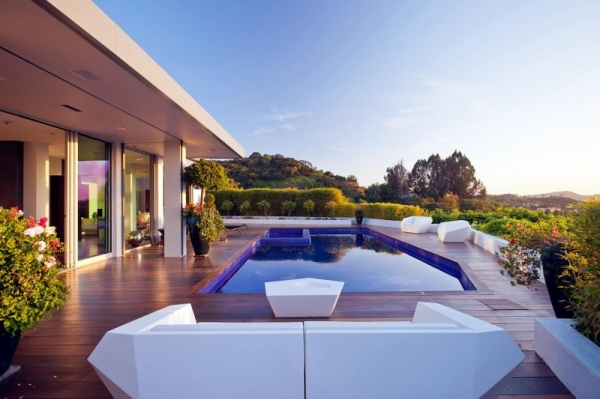 contemporary-house-in-beverly-hills-1