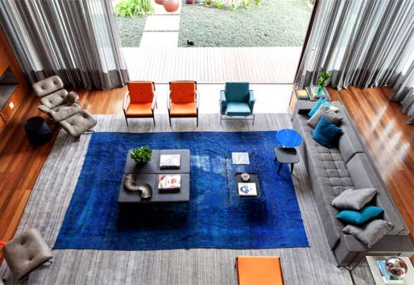 Contemporary spaces etched in a blue color palette Casa IV (12).jpg
