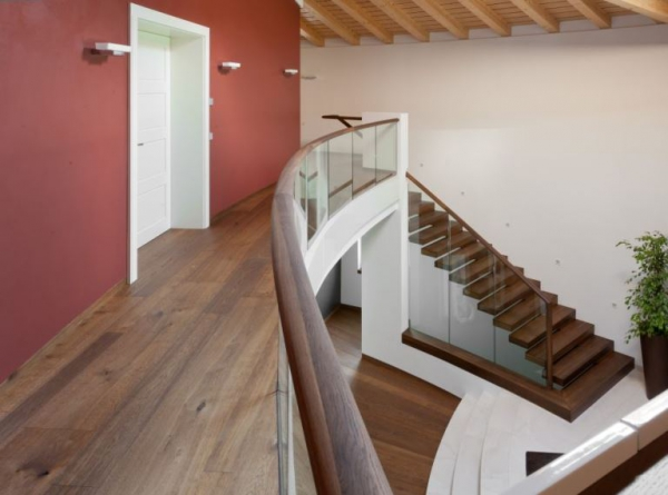 Contemporary staircases can make a home (13)