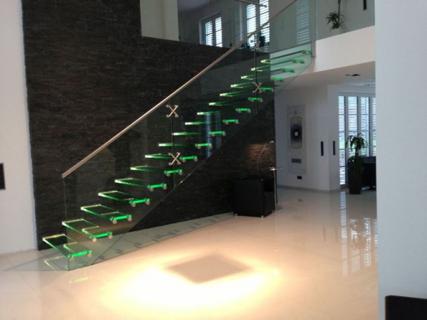 Contemporary staircases can make a home (2)