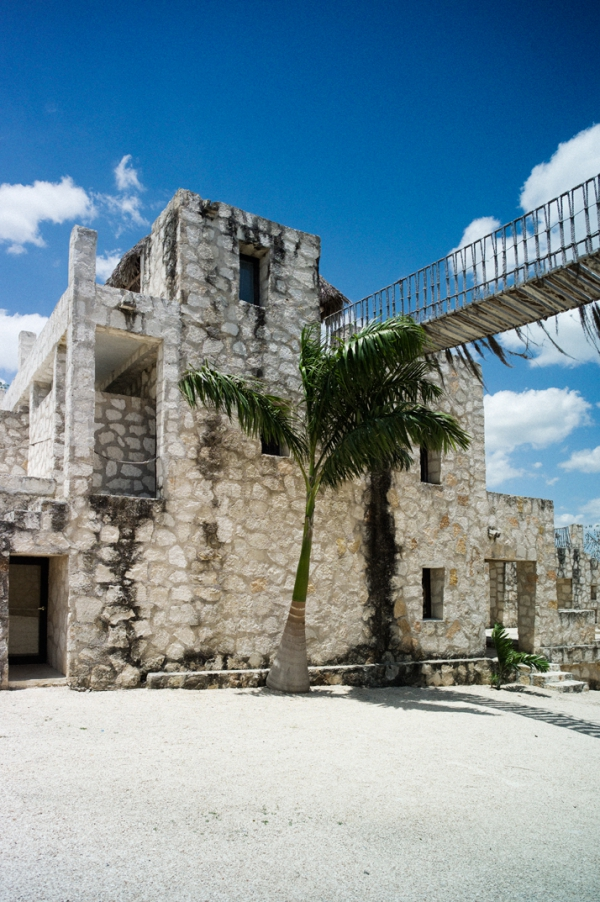 coqui-coqui-empire-a-mexican-villa-with-style-3