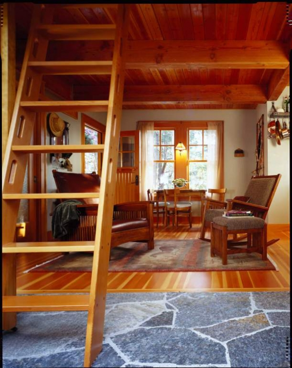 cozy-forest-cabin-on-orcas-island-2
