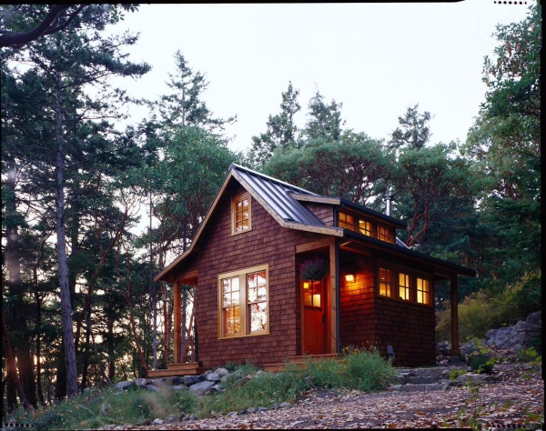 cozy-forest-cabin-on-orcas-island-6