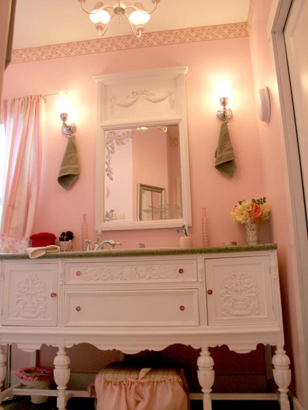 creating-colorful-bathrooms-14