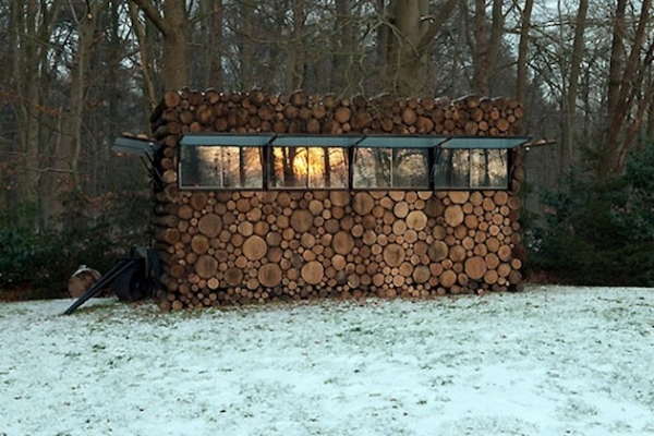 creatively-crafted-tree-trunk-house-2