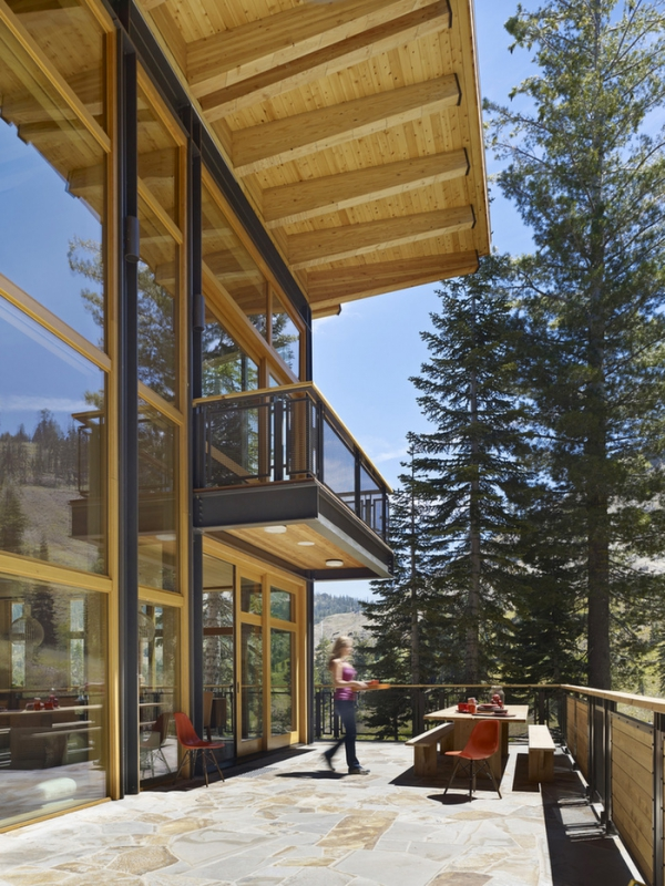 Crow S Nest A Modern Wooden House In The Sugar Bowl Ski