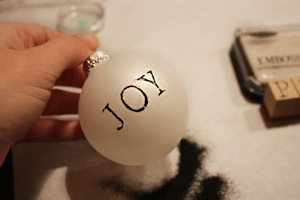 decorate-with-christmas-ball-ornaments-11