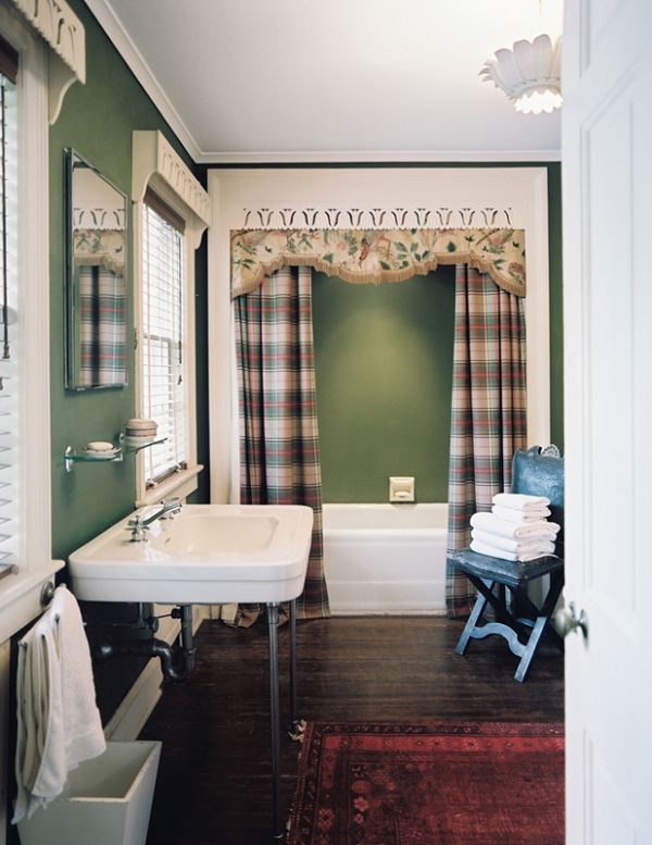 decorating-with-plaid-pattern-3