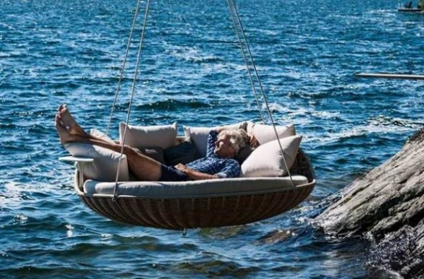 swingrest-utdoors-lounger-for-your-home-6