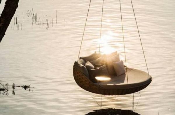 swingrest-utdoors-lounger-for-your-home-7