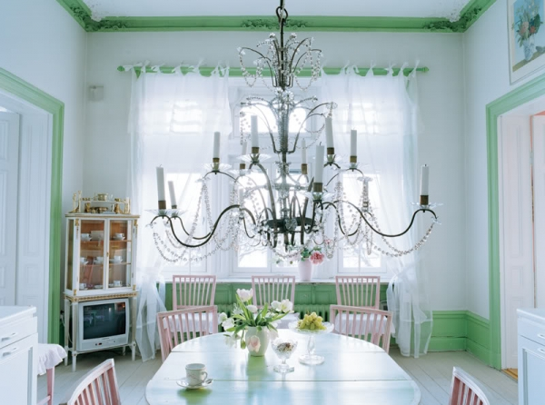 delicate-pastel-tones-of-a-gorgeous-swedish-home-3