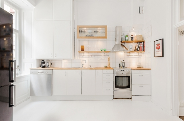 delicately-done-a-white-apartment-5