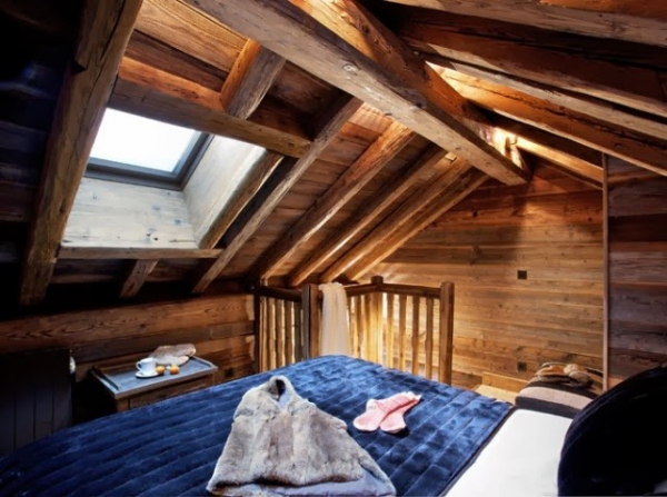 Master Bedroom Above Kitchen