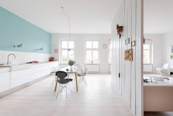 delightfully-bright-an-apartment-interior-2