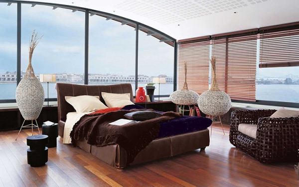 Explore stylish design ideas for spacious bedrooms for Chambre a coucher design roche bobois