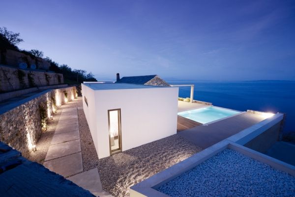 Designs to leave you speechless contemporary villa in Greece (10).jpg
