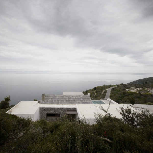 Designs to leave you speechless contemporary villa in Greece (6).jpg