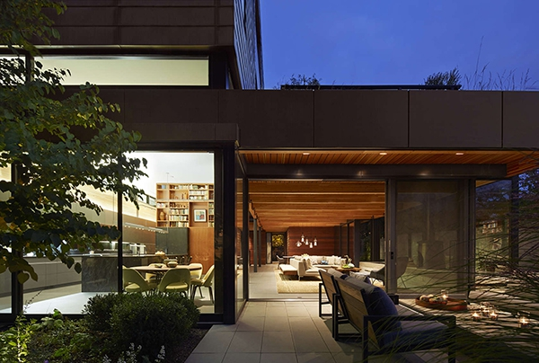 contemporary family residence (18)
