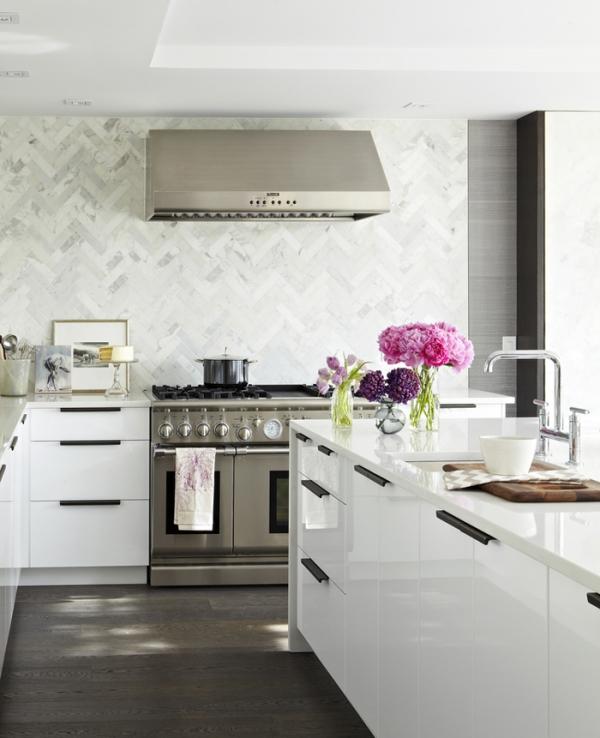 gorgeous white kitchen  (2)
