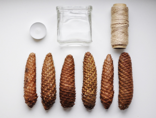 diy-pine-cone-candle-holder-1