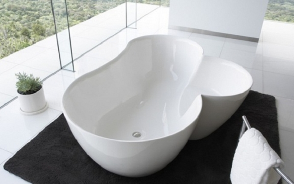 Double Bathtubs For Romantic Moments Pleasure At Highest