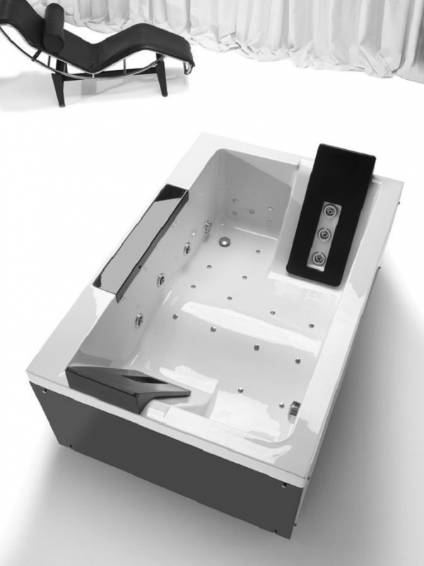 double-bathtubs-for-romantic-moments-9