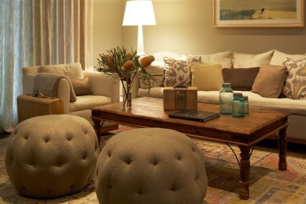 Small living room ideas easy to follow mini guide adorable home - Decorate a small apartment ...