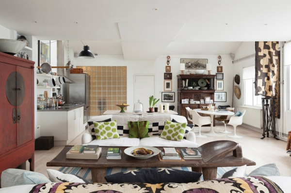English Mismatched Chairs In Kitchen
