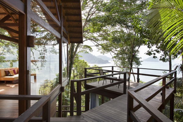 environment-friendly-house-in-the-brazilian-forest-2