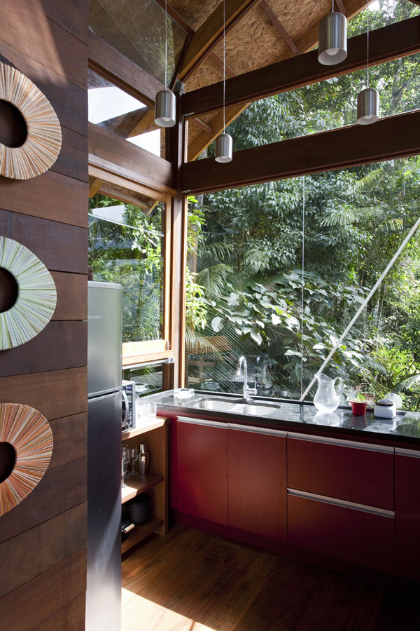 environment-friendly-house-in-the-brazilian-forest-4