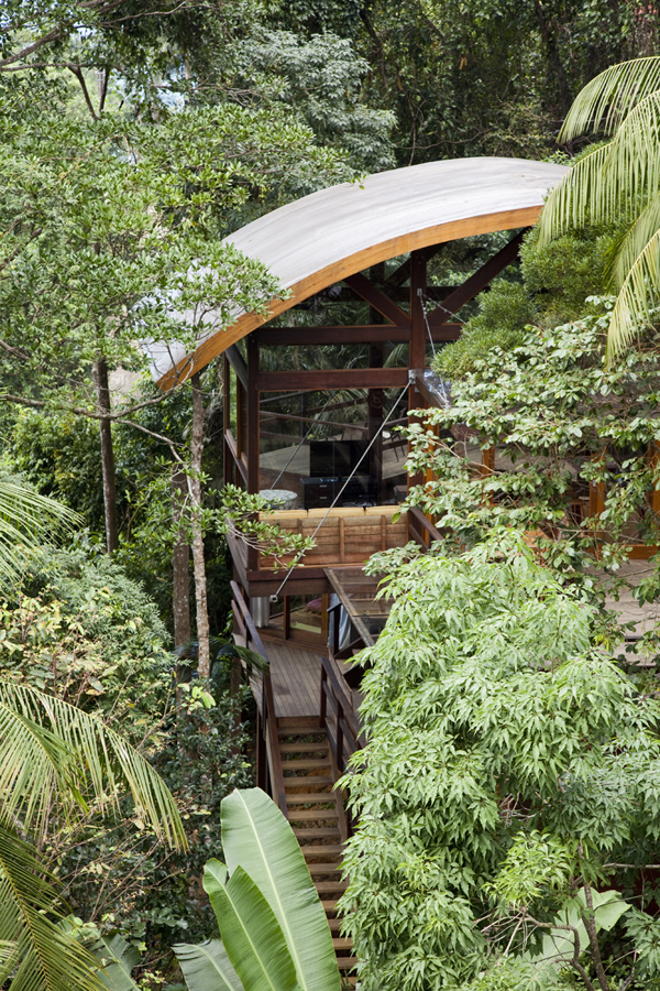 environment-friendly-house-in-the-brazilian-forest-8
