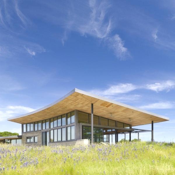 environmentally-friendly-home-design-on-the-californian-hills-9