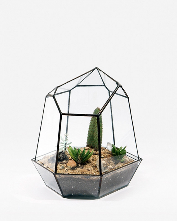 eye-catching-cube-planter-4