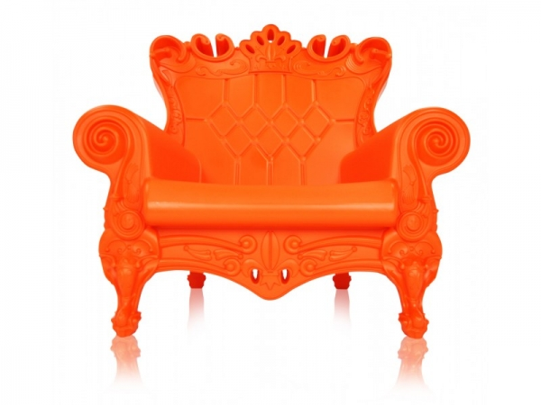 feel-like-royalty-with-queen-of-love-chairs-7