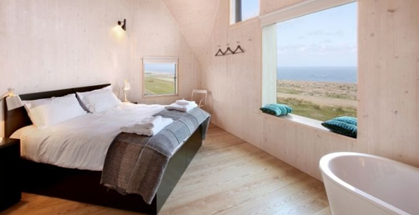 floating-dune-house-in-england-16