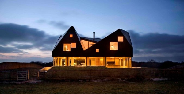 floating-dune-house-in-england-3