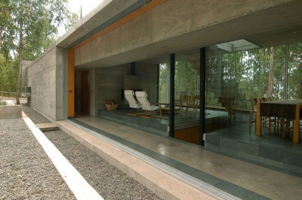 chilean-forest-house-10