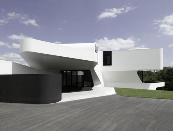 futuristic-house-design-in-germany-1