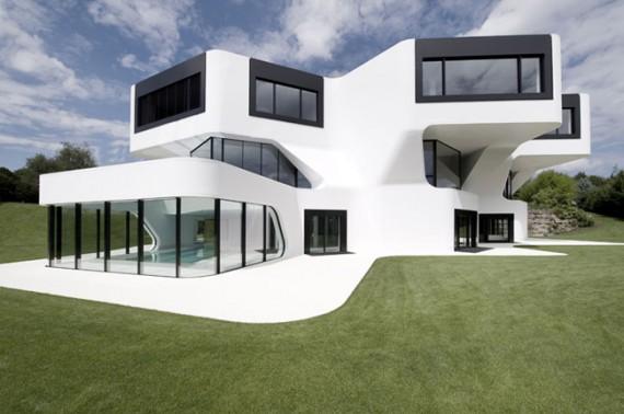 futuristic-house-design-in-germany-10